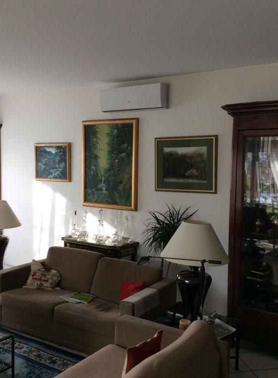 unité de climatisation dans un séjour