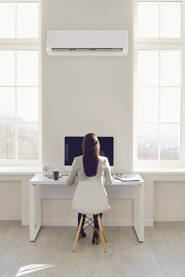 installation de climatisation réversible pour particuliers et professionnels