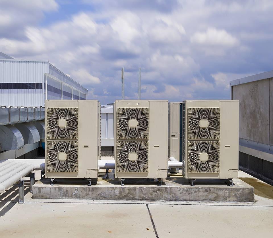 groupes de climatisation extérieur en rooftop